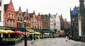 Brüj Pazar Meydanı (Grote Markt)