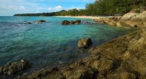 شاطئ سورين