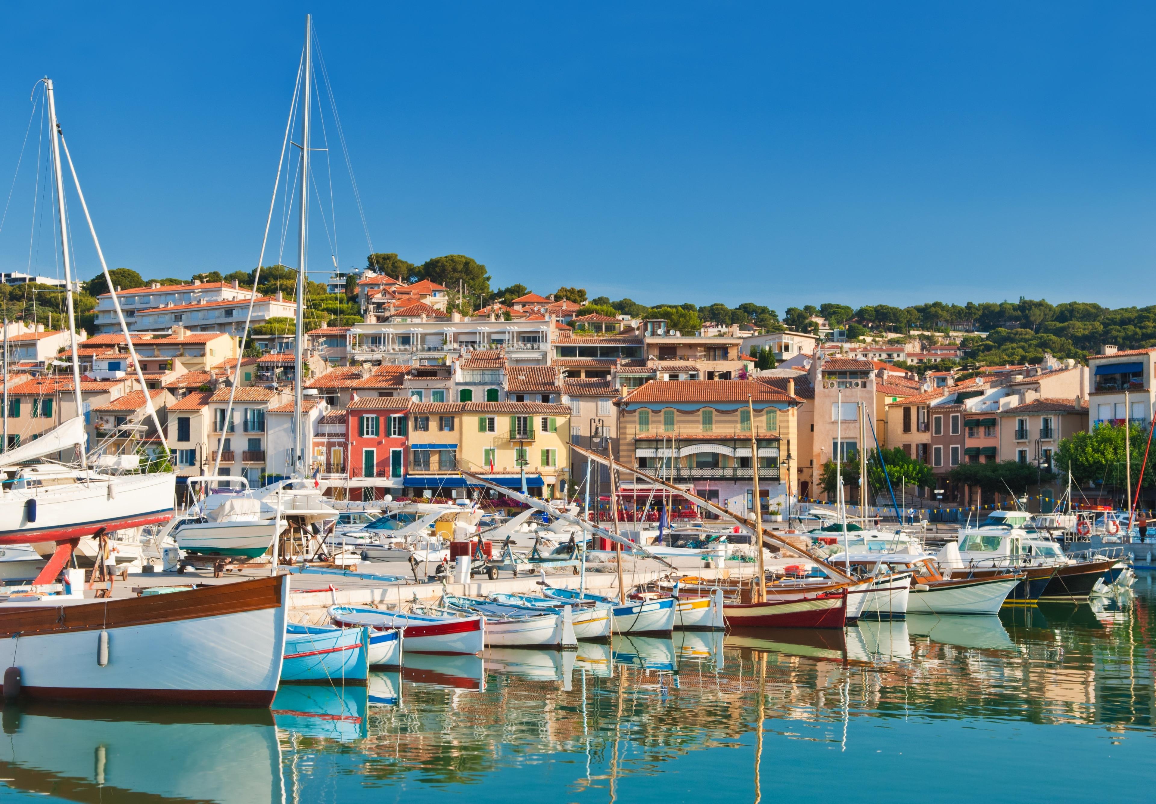 Envie d'un séjour 100 % détente ? Marseille abrite juste ce qu'il vous faut : Plage de Cassis !