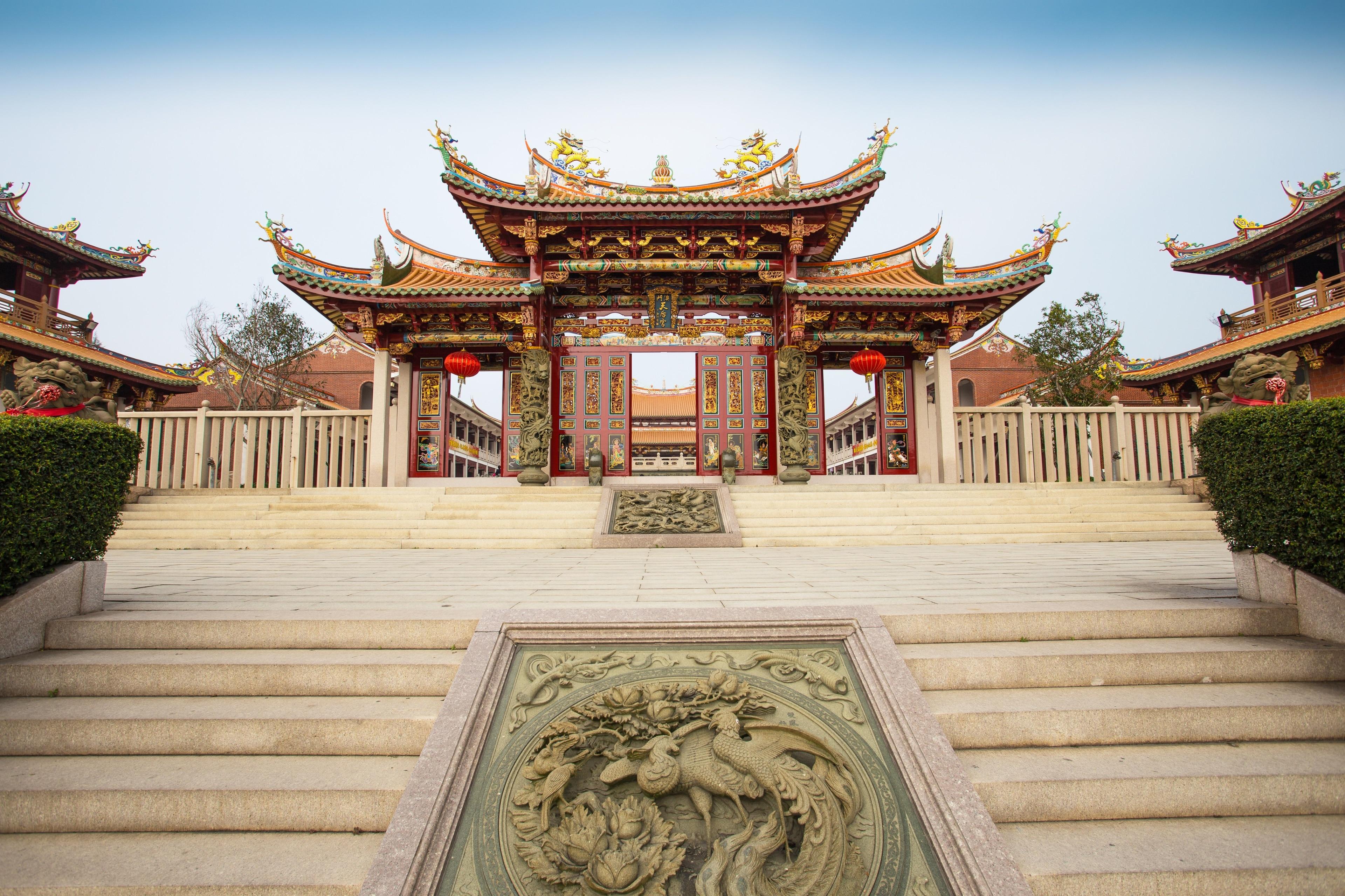 Anda dapat mempelajari sejarah dari Pusat Sejarah Macau dengan mengunjungi Kuil A-Ma. Kunjungi kasino dan toko di area kaya budaya ini.