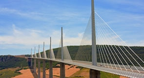 جسر ميلو