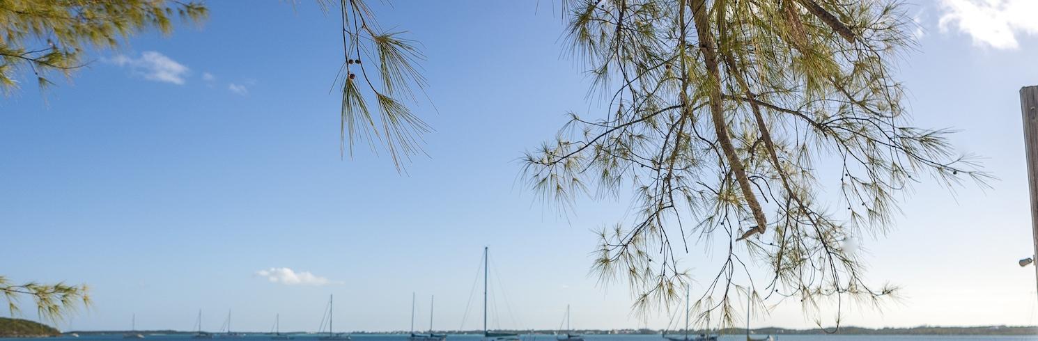 Mos Taunas, Bahamos