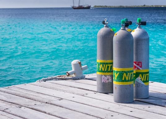 Hato, Bonaire, San Eustaquio y Saba