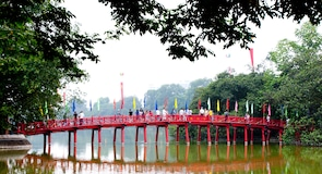 Озеро Хоан Кіем