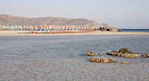 Simos 海灘