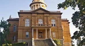 Bangunan Mahkamah Agung Bersejarah
