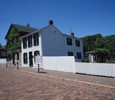 Johnny Cash House