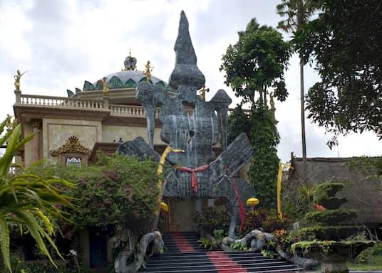 Sayan, Indonesia