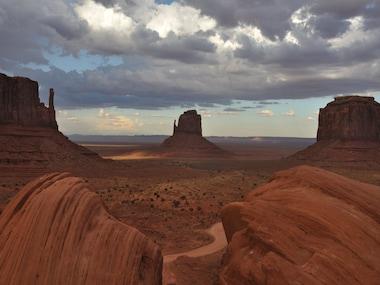 Oljato-Monument Valley