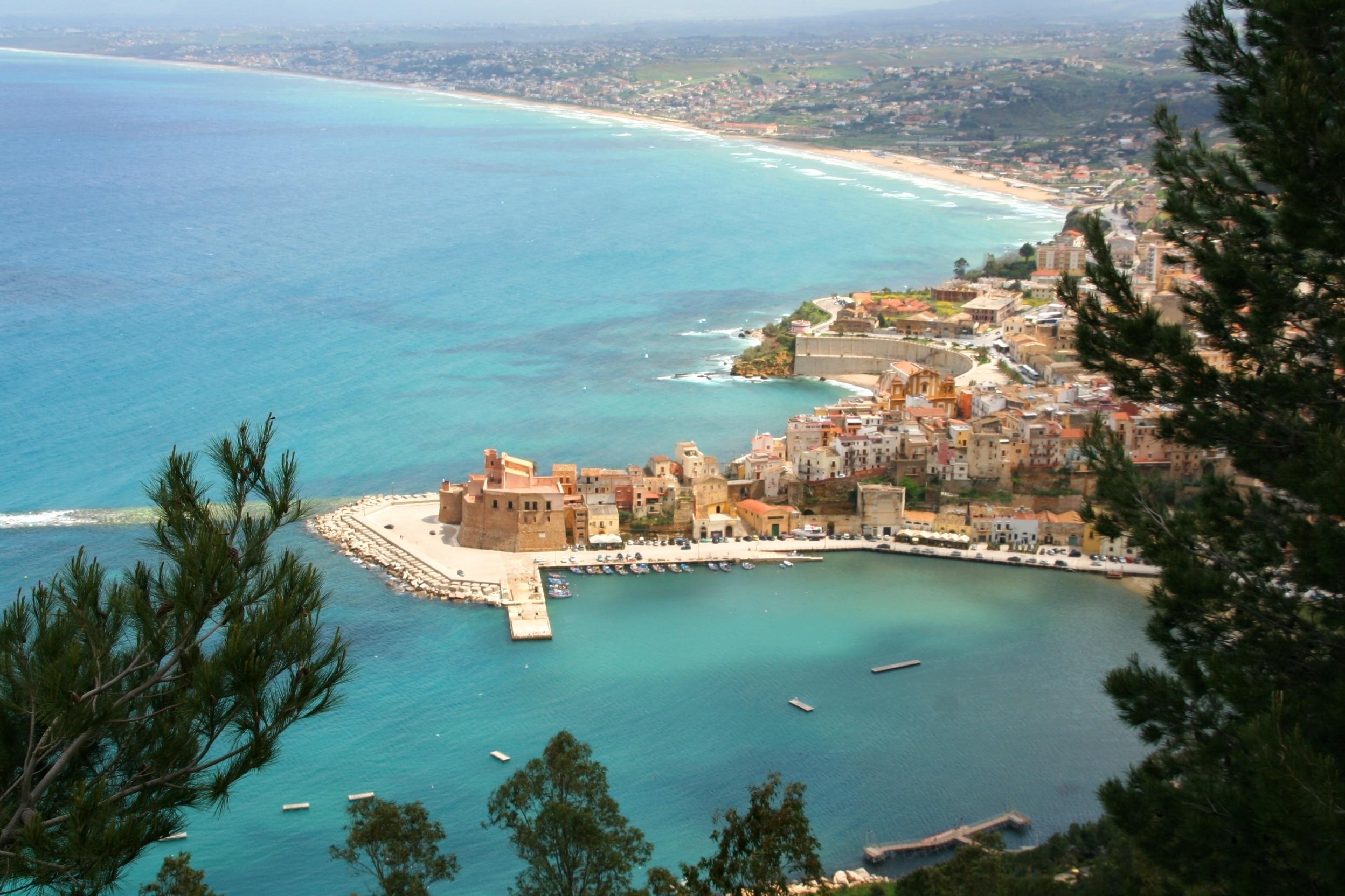 Strand von Castellammare del Golfo, Castellammare del Golfo, Sizilien, Italien