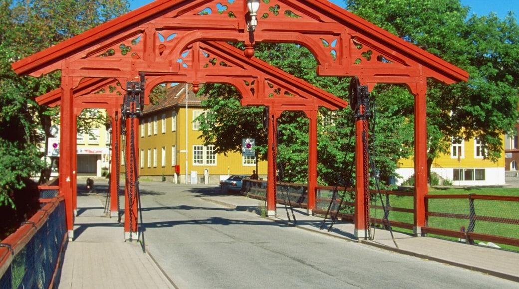 Vanhan sillan torni