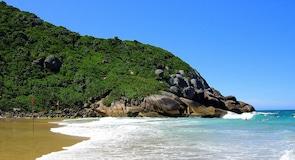 شاطئ برازا