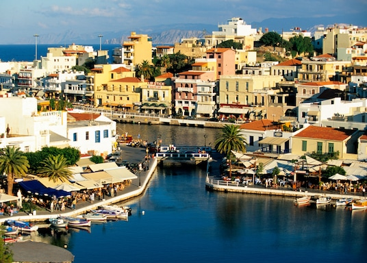 Ágios Nikólaos (linn), Kreeka