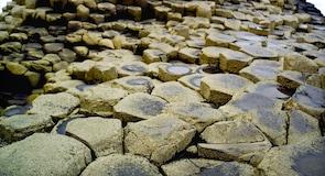 Obrův chodník (Giant's Causeway)