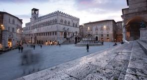 Piazza IV Novembre (väljak)