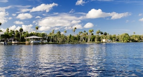 Homosassa Springs Wildlife State Park (parks)
