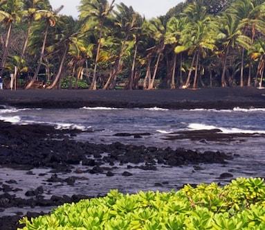 Pohoiki Beach