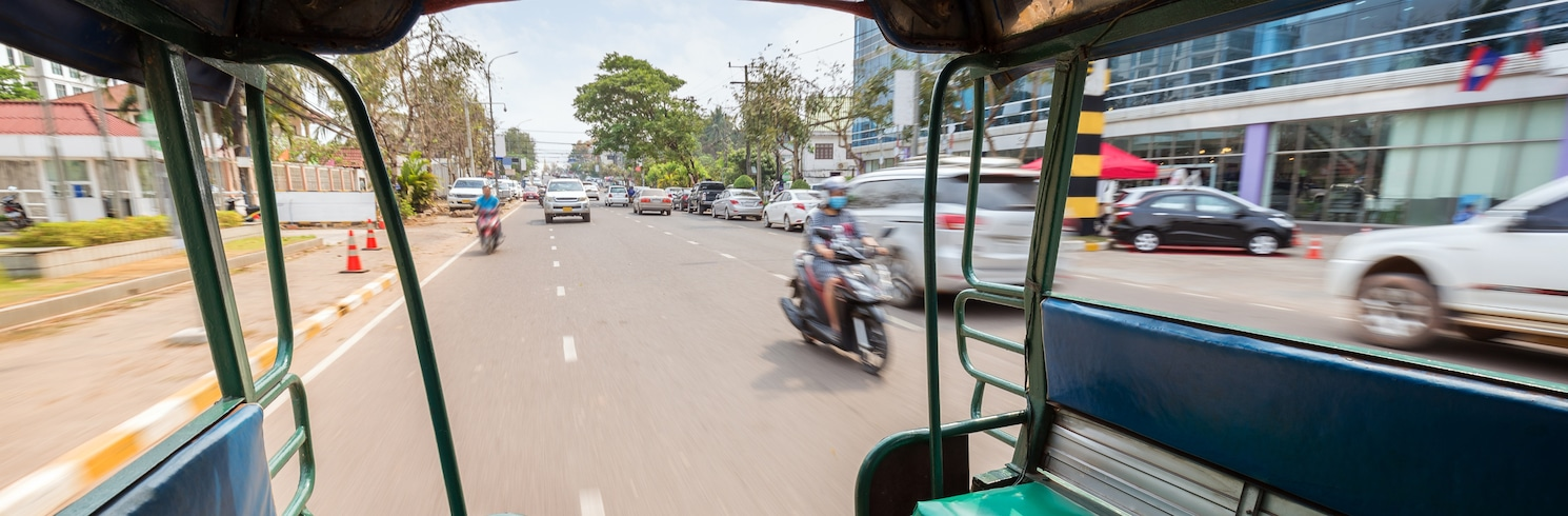 Tuk Tuk, Indonesia