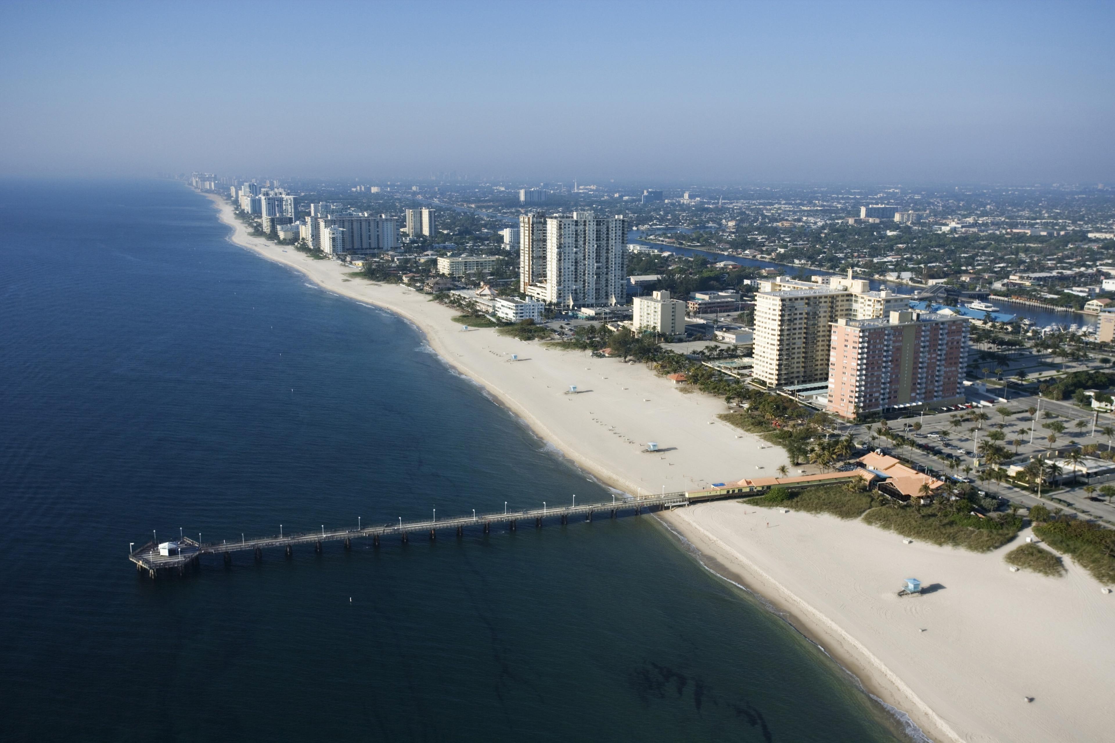 Pompano Municipal Pier, Pompano Beach, Florida, USA