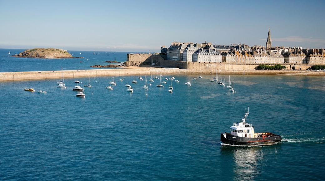 Fährhafen von Saint-Malo