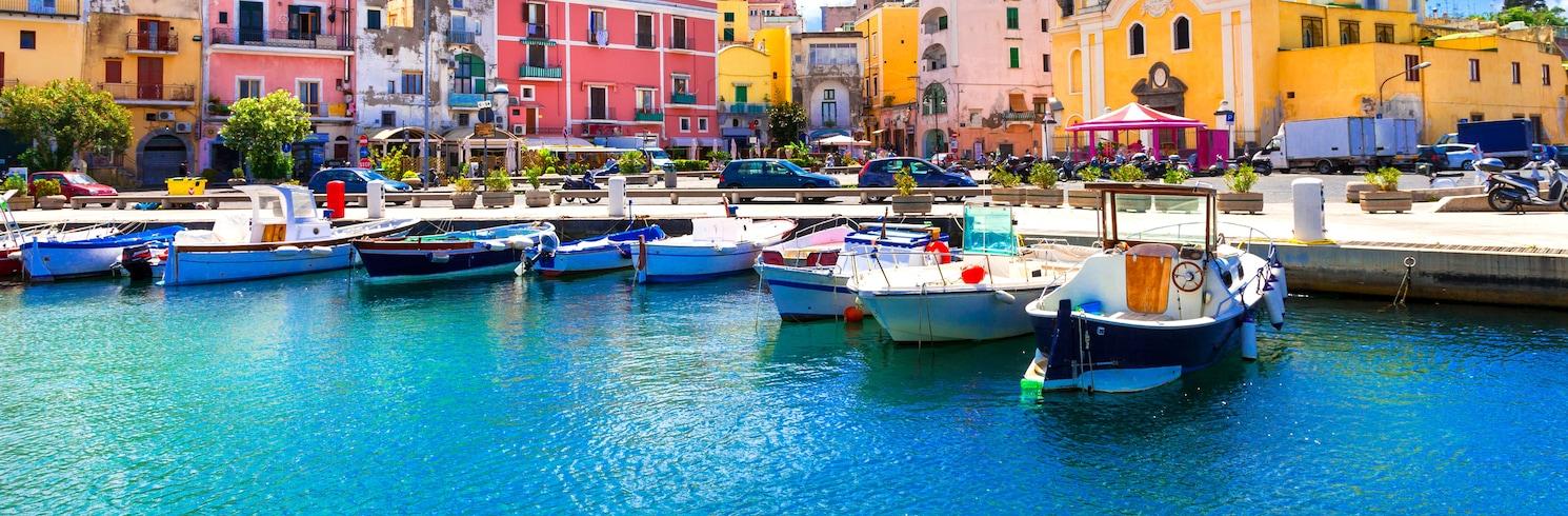 Прочіда, Італія