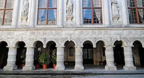 La Rochelle Hotel de Ville