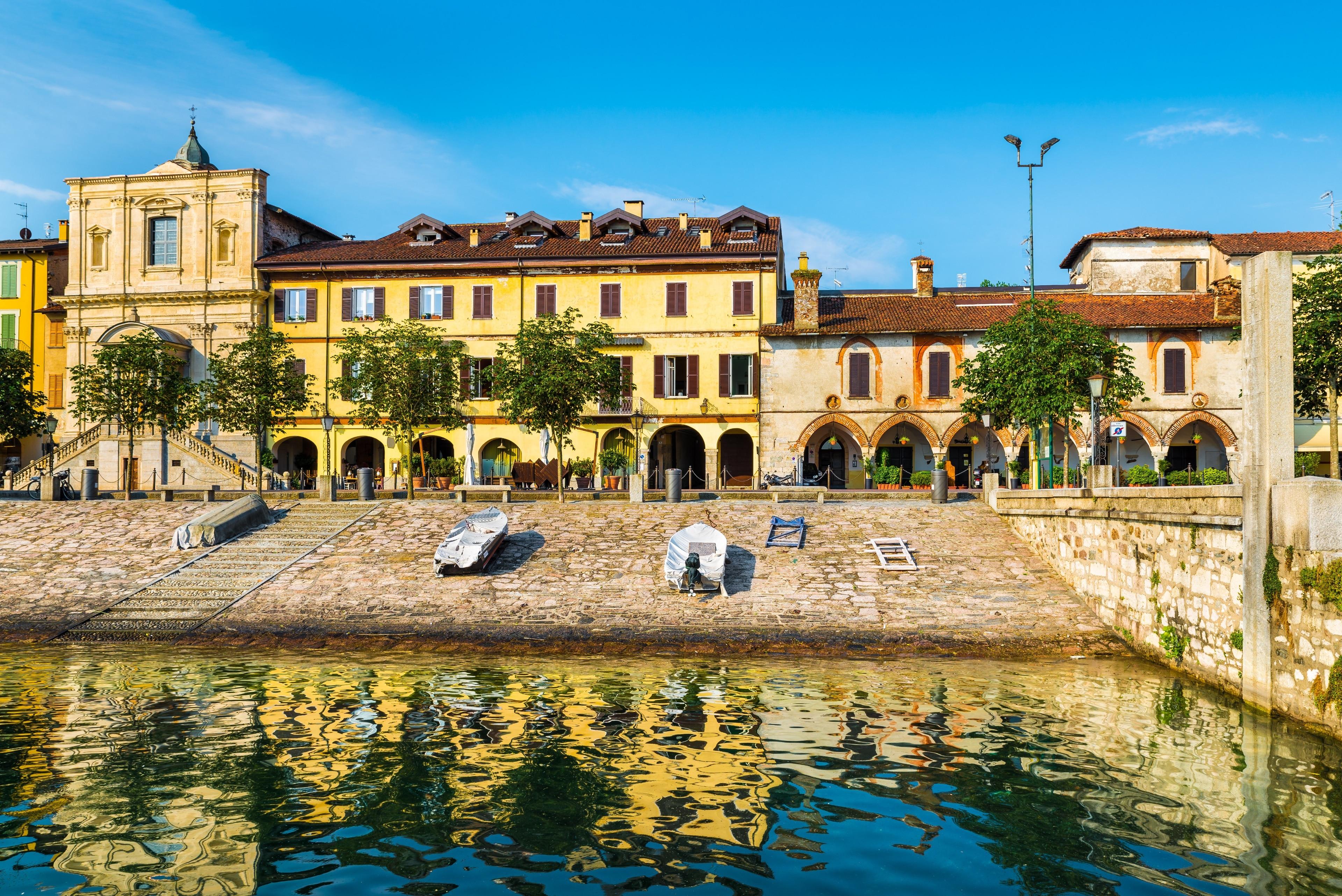 Arona, Piedmont, Italië