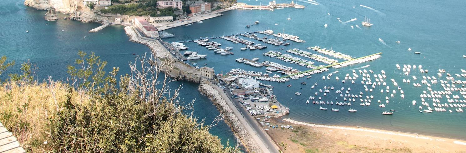 Neapole, Itālija