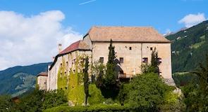 Kastil Schenna