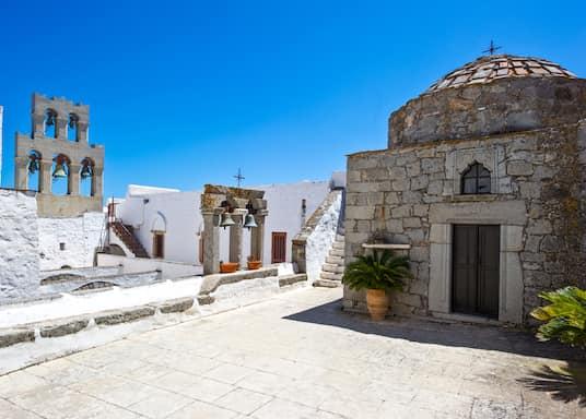 צ'ורה, יוון