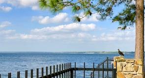 ทะเลสาบคอนโร