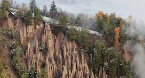 Piramidi di terra del Renonin kivimuodostelmat