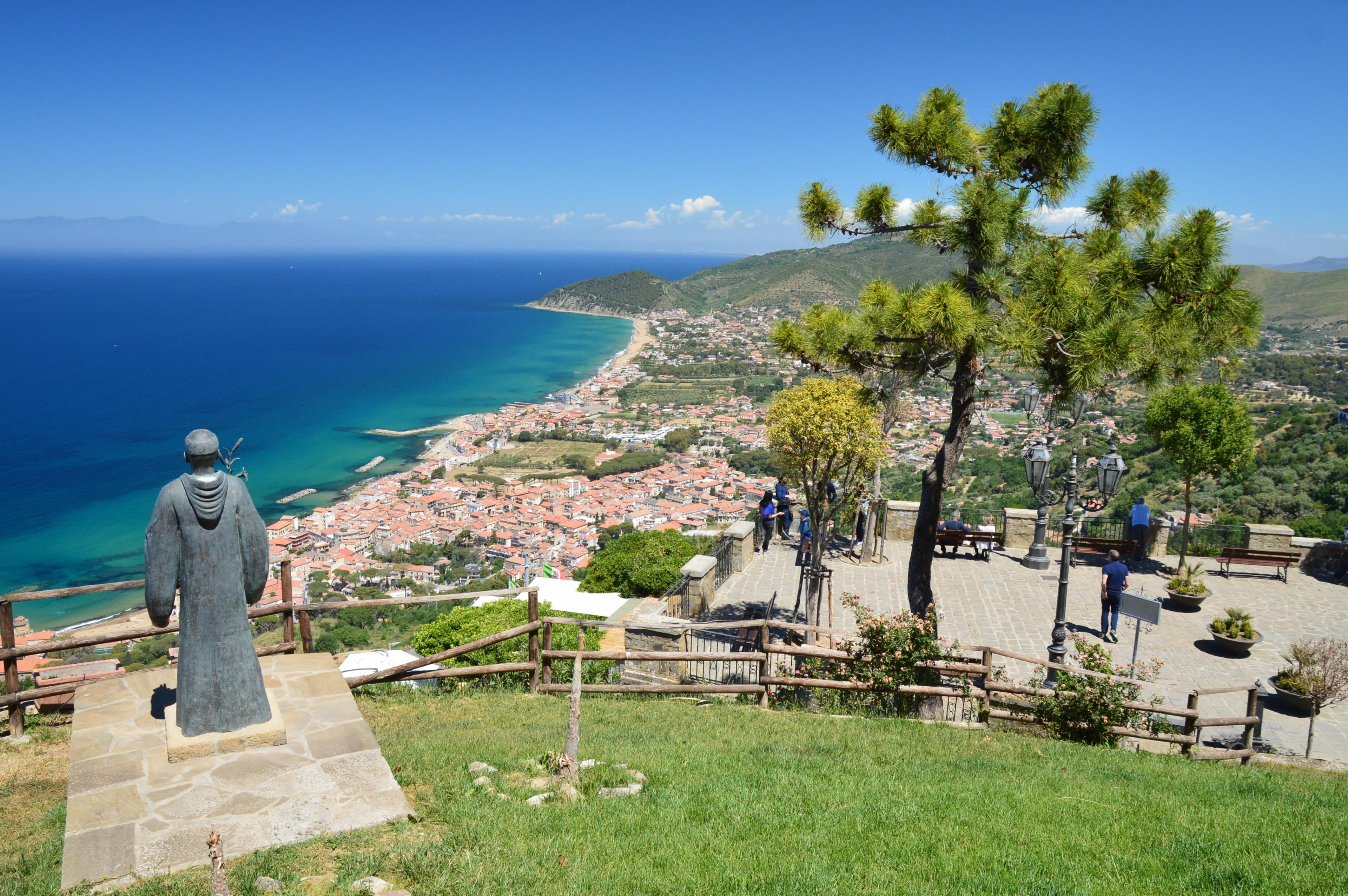 Santa Maria di Castellabate, Castellabate, Campania, Italia