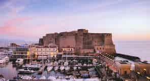 Pelabuhan Naples