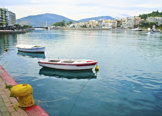 칼시스, 그리스