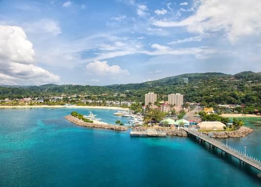 אוצ'ו ריוס (והסביבה), ג'מייקה