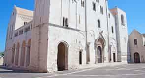 サン ニコーラ聖堂