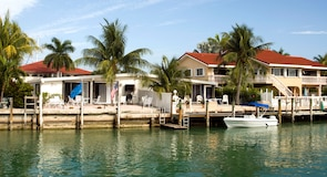 Pantai Key Colony