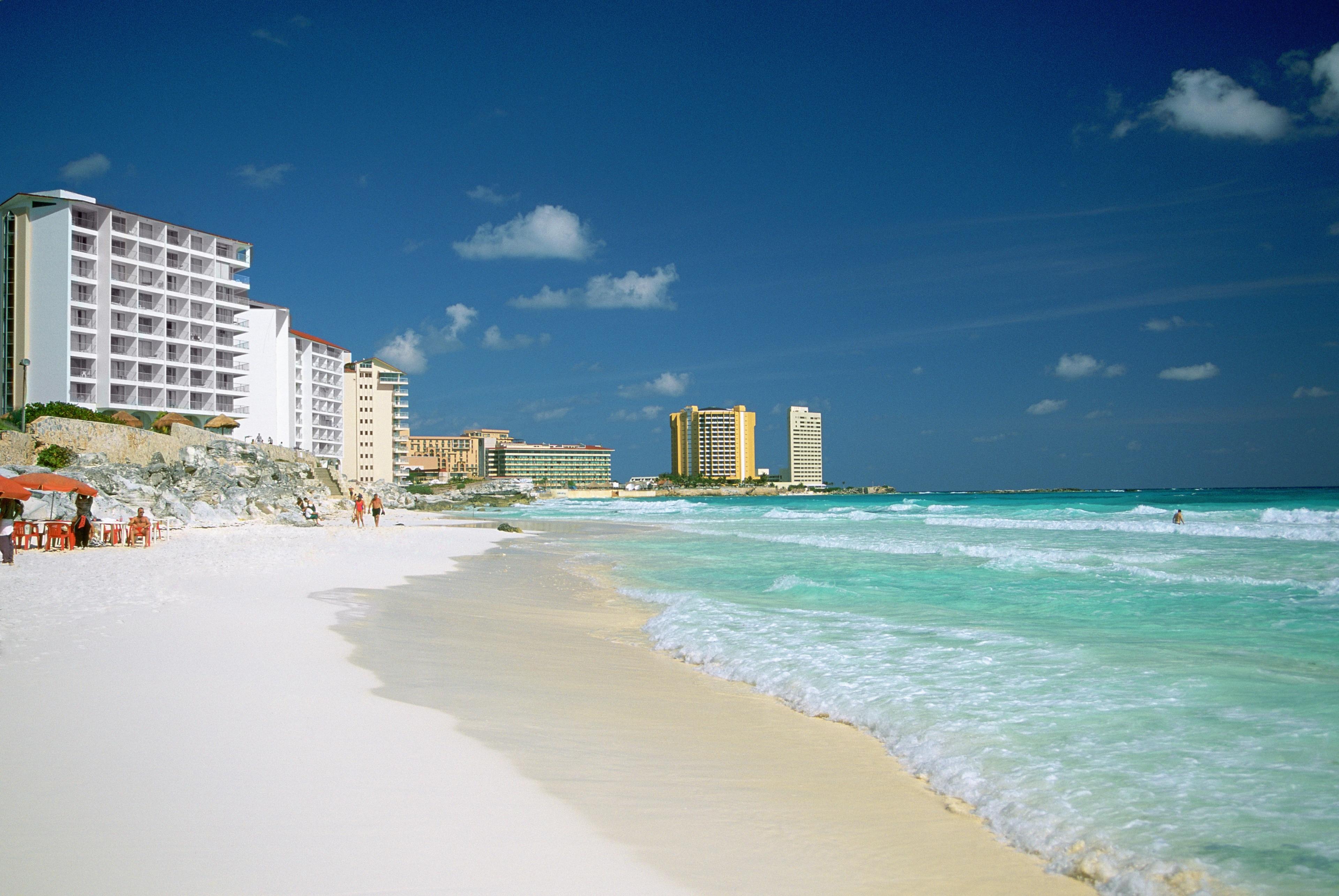 Playa Marlin, Cancún, Mexico