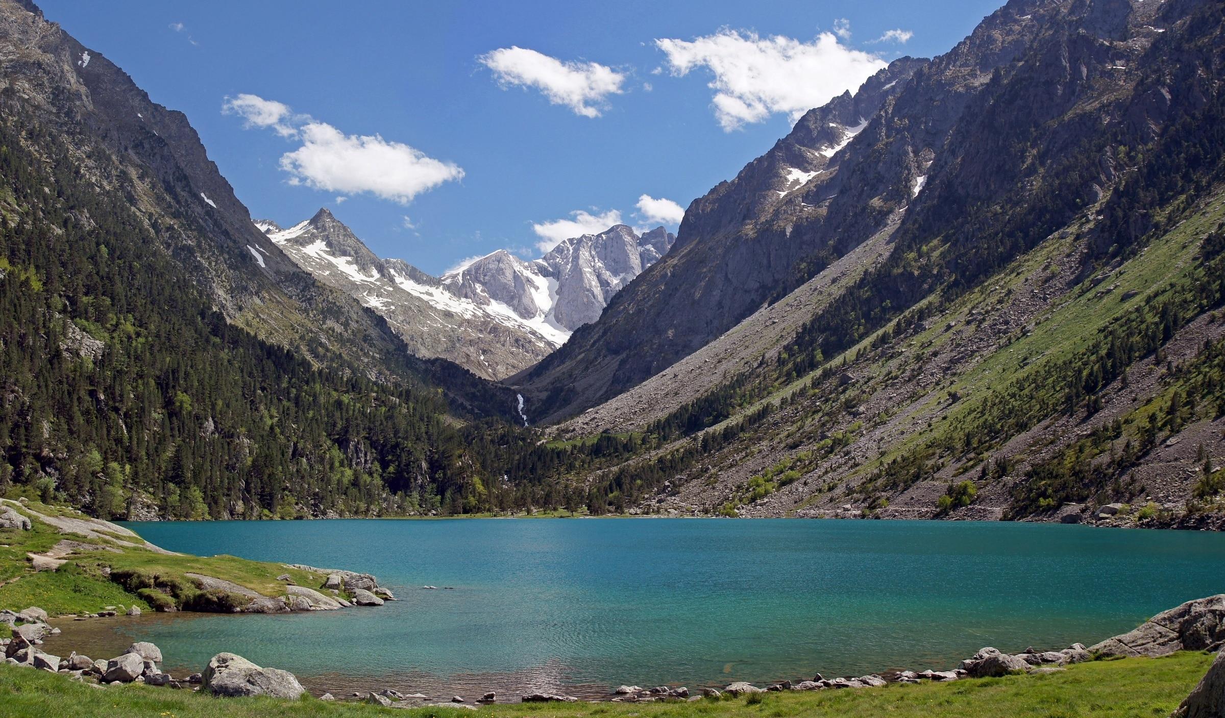 Jezioro Lac de Gaube, Cauterets, Pireneje Wysokie, Francja