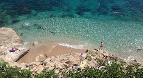 Pantai Banje