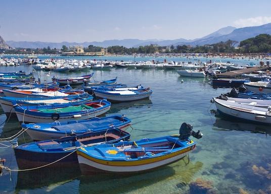 חוף פלרמו, איטליה