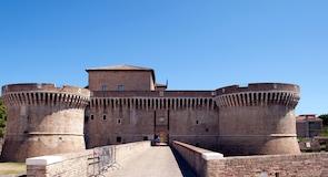 Rocca Roverescan linna
