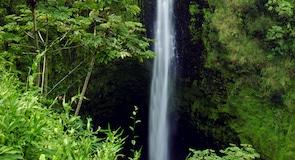 阿卡卡瀑布