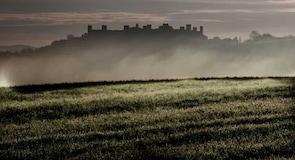 蒙特里久尼城堡