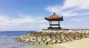 Tanjung Benoa ströndin