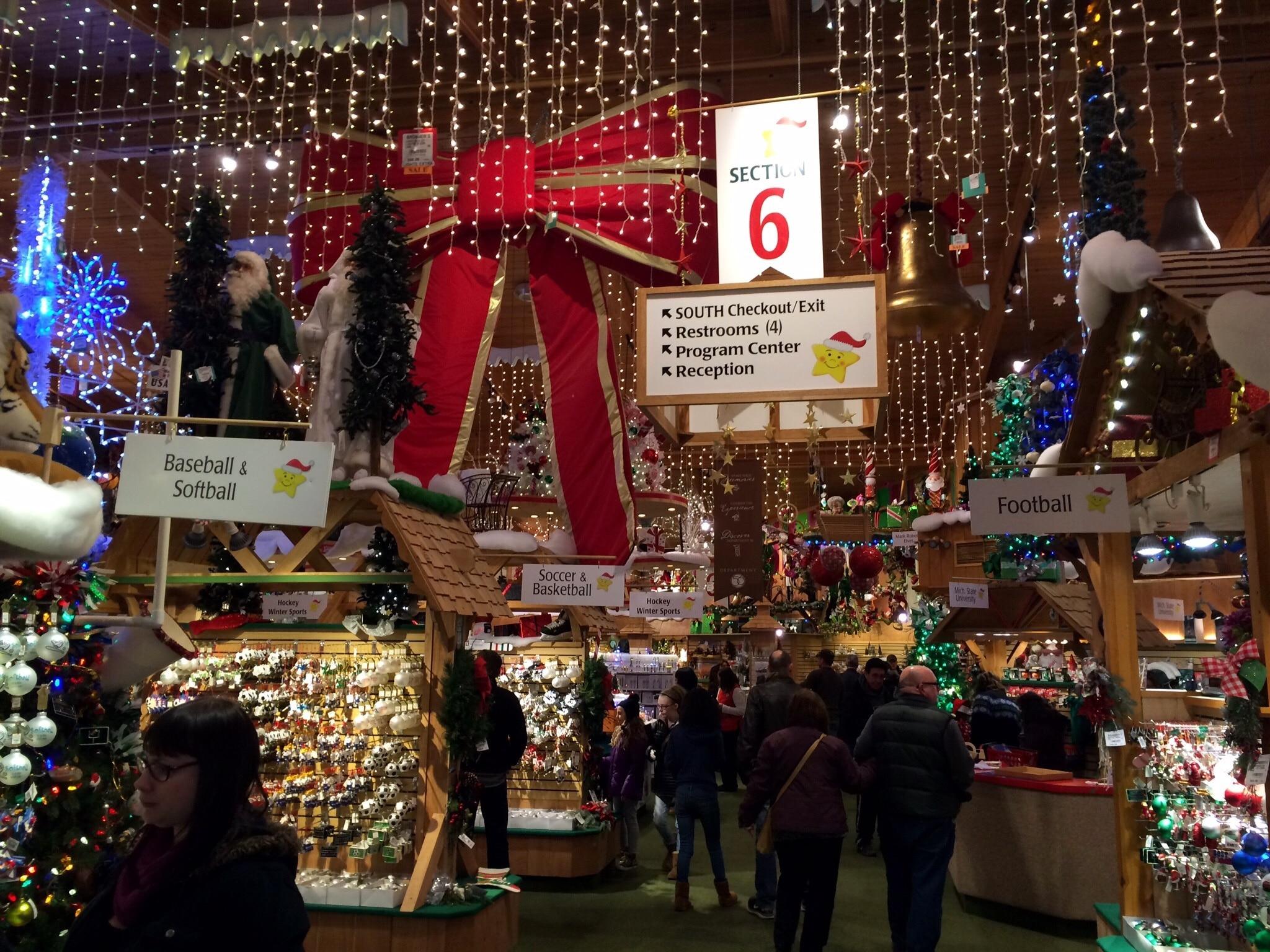 Bronner's Christmas Wonderland, Frankenmuth, Michigan, United States of America