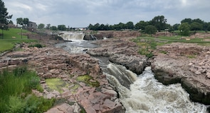 Falls Park (park)