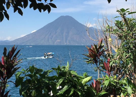 Santa Cruz La Laguna, Guatemala