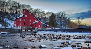 Red Mill Museum Village